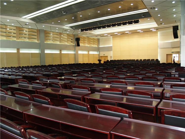 雾灵山庄会议厅